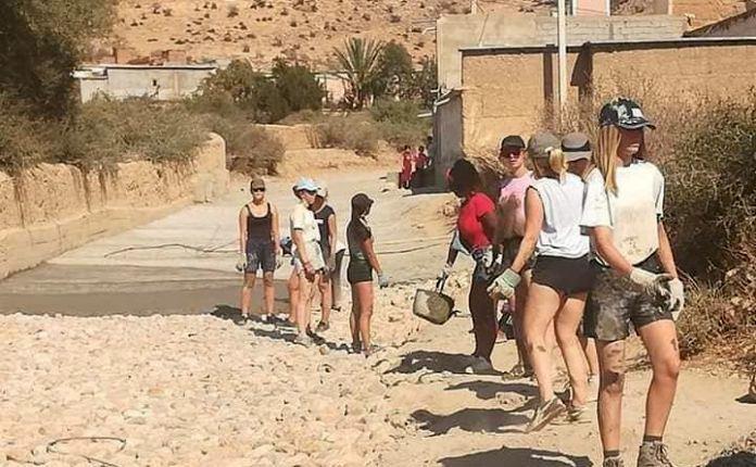 groepje vrijwilligers in Marokko