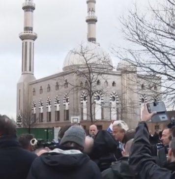 PVV Dordrecht wil moskeeën niet sluiten